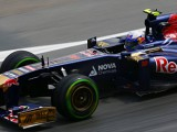 Ricciardo happy with 13th as Vergne blames traffic