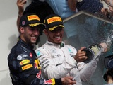 Ricciardo admits to Mercedes switch temptation