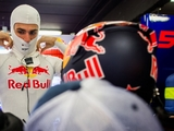 Sainz 'trusts' Red Bull to do the right thing