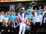 Hamilton: Leaving Mercedes F1 'very difficult to imagine'