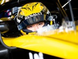 Zhou steps up to test driver role at Renault