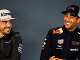 """Ricciardo not """"left on the side"""" by Alonso's Renault arrival"""