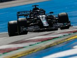 "Mercedes F1 team ""in the dark"" as Hamilton struggles for pace in F1 Styrian GP practice"