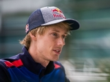 Perez, Hartley at odds over 30-second penalties