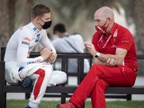 Clear 'somewhat surprised' by Schumacher's F1 progress