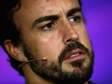 Alonso hush on Mercedes engine reports
