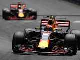 Calls for Red Bull to ditch Renault engines