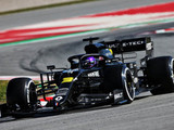 Ricciardo quickest as Renault save the best for last