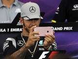 Hamilton snubs media after Snapchat backlash