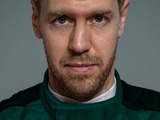 Vettel pays first visit to Aston Martin base