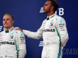 Hamilton considered giving lead position back to Bottas