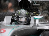 Rosberg remains poised as F1 title goes to a showdown
