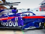 Renault imposes May deadline for Red Bull's Honda F1 engine call