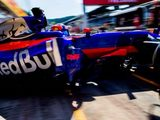 Kvyat fiery brake issue 'not seen before' by Toro Rosso