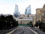 Business as usual as Hamilton tops FP1 timesheets in Baku