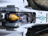 Formula 1 drivers 'very split' over head protection device