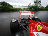 Massa laments series of crashes