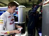 Kvyat move 'to take away the pressure' – Marko