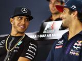 Ricciardo wants to fight Hamilton off-track