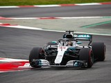 Lewis Hamilton takes F1 pole position for Spanish Grand Prix