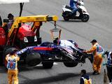 Alexander Albon to start from pit lane after chassis change