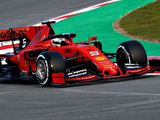 Vettel blitzes last year's Day 1 time in testing