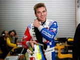 Renault relaunches driver academy with Rowland