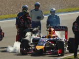 Red Bull's woes continue on third day of testing