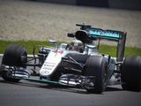 No team orders yet for Mercedes pair