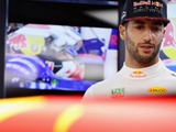 Ricciardo walking 'on a tight rope', warns Webber
