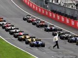 "Reverse grids ""treacherous water"" for Formula 1 - Webber"