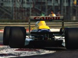 Pirelli backs plan for 'more appealing' wider tyres