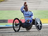 Alex Zanardi retains the first of two Paralympic gold medals