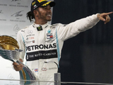 Hamilton on cusp of extended Mercedes deal
