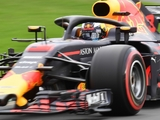 Ricciardo blames 'wide cars' for lack of overtaking