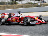 Vettel smashes pole time with ultra-soft tyres