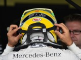 Hamilton expects close battle with Rosberg