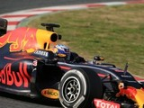 Ricciardo disagrees with Hulkenberg's halo comments