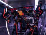 Behind-the-scenes of Red Bull's insane Zero-G pit stop challenge
