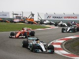 Lewis Hamilton wins Formula 1 Chinese Grand Prix for Mercedes