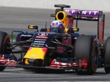 Ricciardo disappointed not to see team progressing