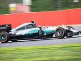 Video: MotoGP champion Jorge Lorenzo drives Mercedes F1 car