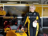 It's never too late: Rosemary Smith becomes oldest driver of a Renault Sport F1 Team car