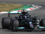 """Hamilton predicts """"easy win"""" for Verstappen after sprint disaster"""