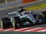 Red Bull 'seeing ghosts' over Merc 'oil trick'
