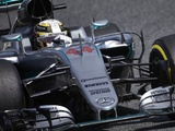 Hamilton explains collision with Rosberg