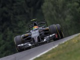 Pit mix-up hinders Sauber progress