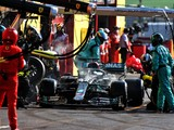Mercedes was relaxed over Hamilton's smoking brakes