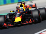 Ricciardo continues to set the pace in Hungary