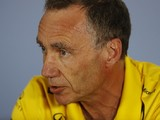 Bell steps down as Renault's F1 technical chief for part-time role
